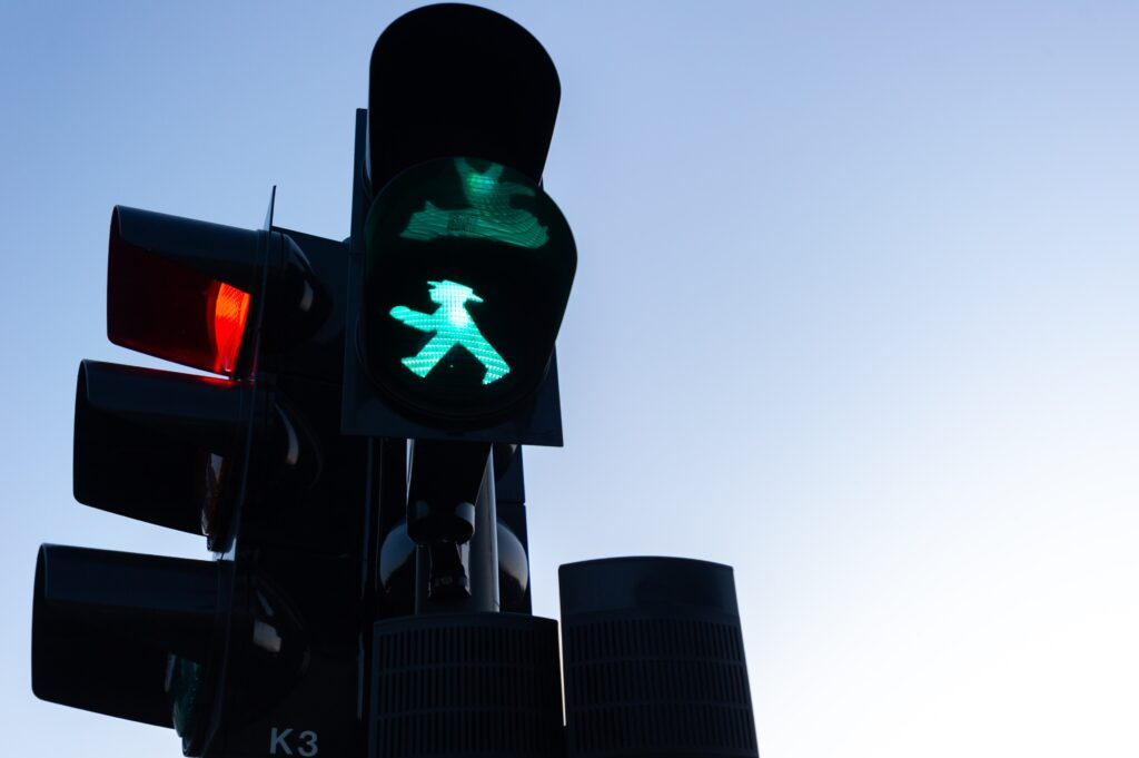 Green pedestrian traffic light